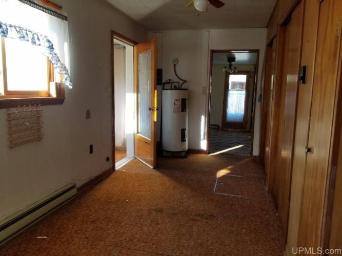 5392 18th Rd, Escanaba, Michigan 49829, 2 Bedrooms Bedrooms, ,1 BathroomBathrooms,Traditional Single Family,For Sale,18th,1124351